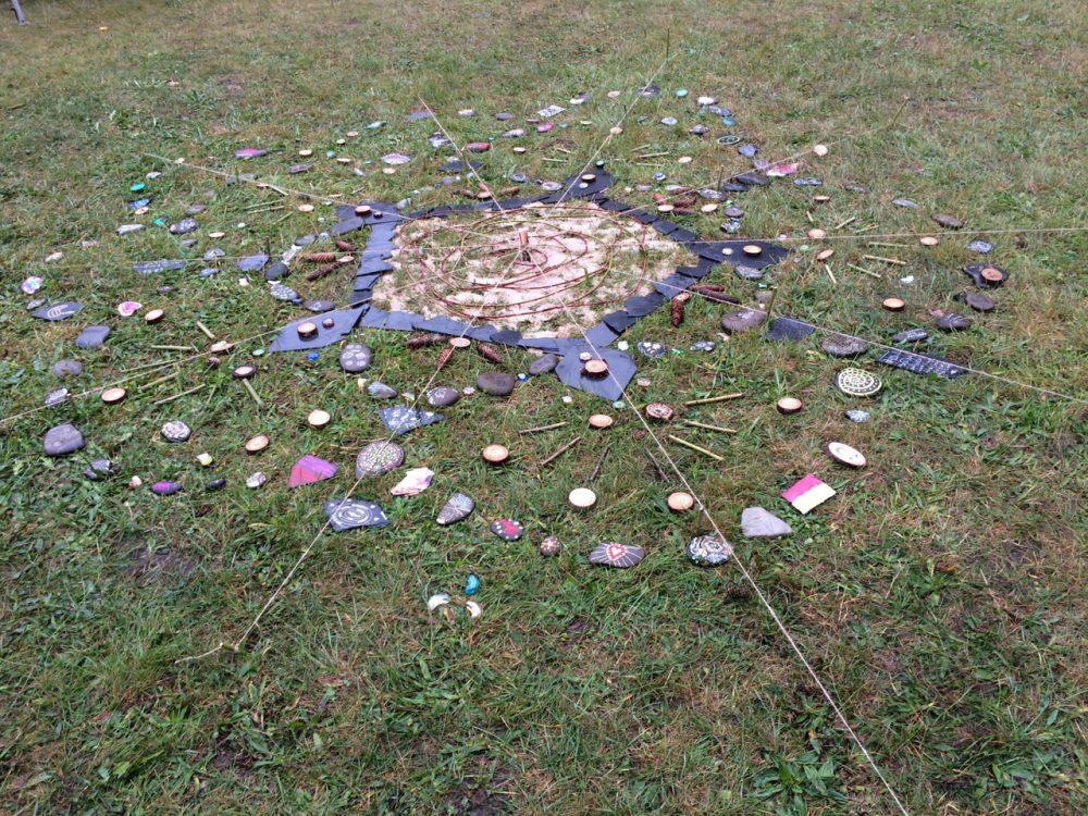 Geburtstags-Mandala Rosenmesse Kronach 2016 (Stefanie Kober)