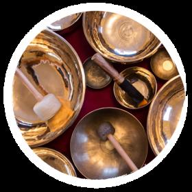 Schamanische Klangbehandlungen, Kraftgesang und klangschamanische Behandlungen